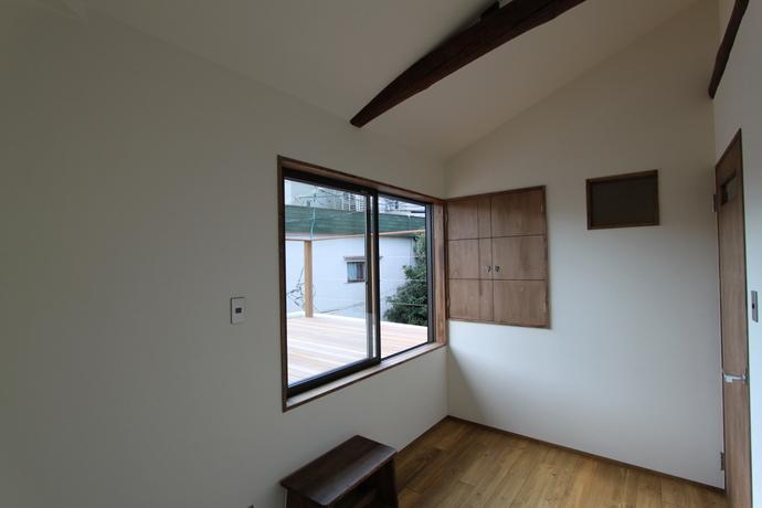 京都市左京区吉田  たくさんの人が集う、外にも中にも開いた家