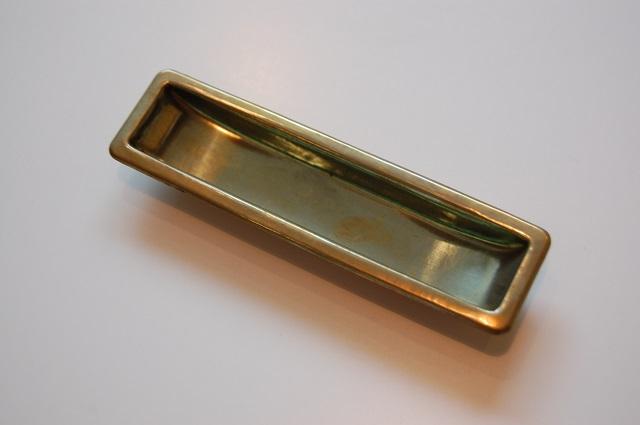 真鍮プレス舟底引手M(K-堀5) ¥648
