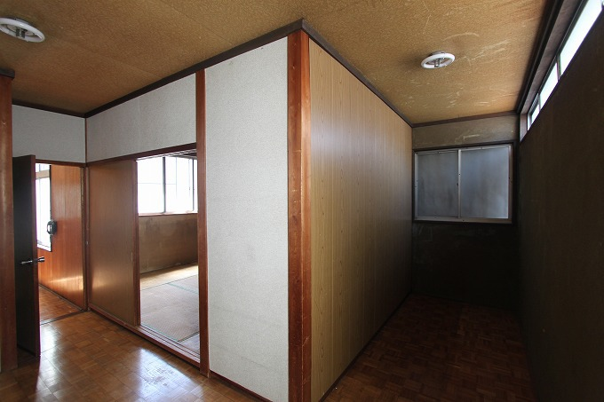 【価格変更】京都駅近し 混乱する内装の家 2680万円