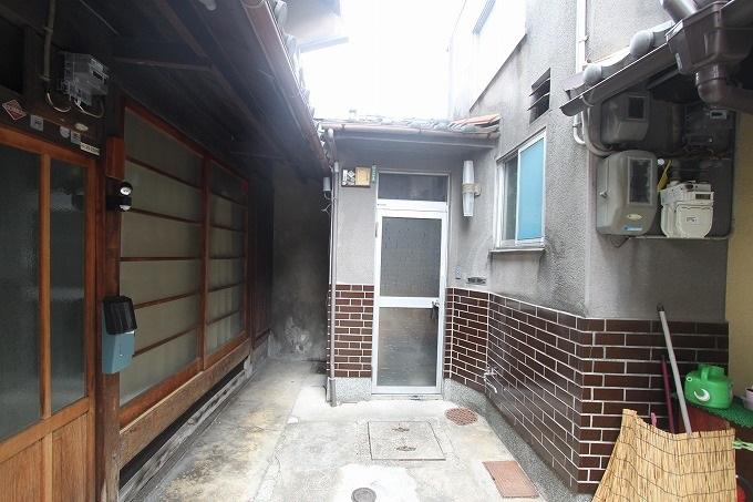 【価格変更】京都の中心 四条烏丸 小さな戸建て 2780万円