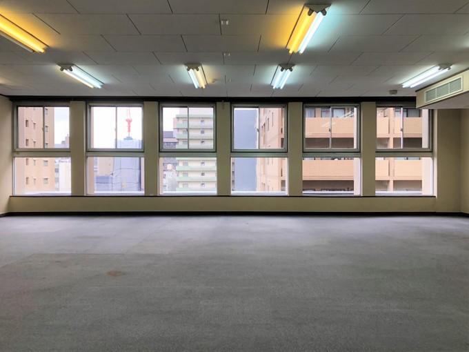 ナイスなヴィンテージ ビルディング。京都友禅ビル 5階。