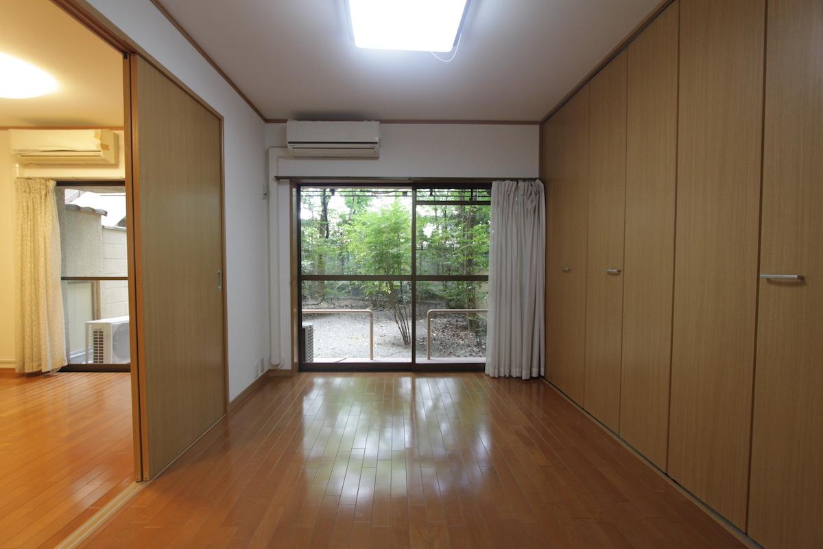 岡崎の観光地の中のステータスマンション ポルトド岡崎 15万円
