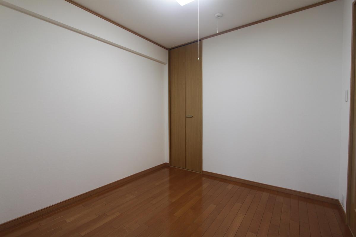 岡崎の観光地の中のステータスマンション ポルトド岡崎