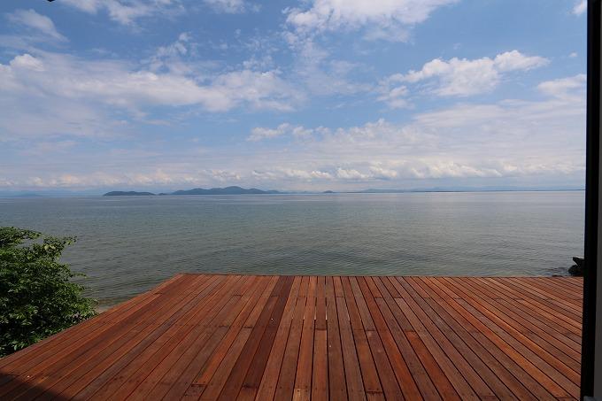絶景の琵琶湖に面した邸宅 北比良