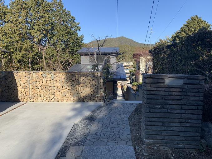 斜面の家 池付き 京都市左京区岩倉 4980万円税込