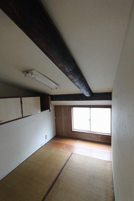 京都の中心 四条烏丸 小さな戸建て