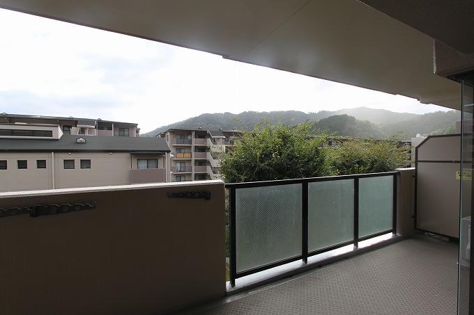 リビング、メチャ広   サンシティ桂坂ロイヤル 壱番館