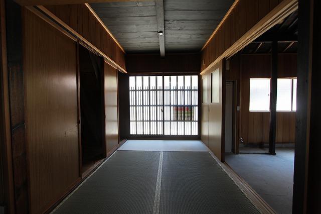 天井高3m越え 紫野上柏野町