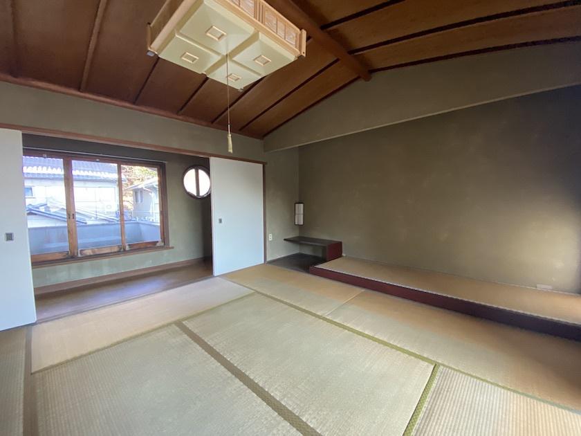 【価格変更】本気の洋館 石積みの集団の町 穴太  1480万円